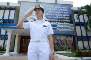 Fórmate con la Escuela Naval